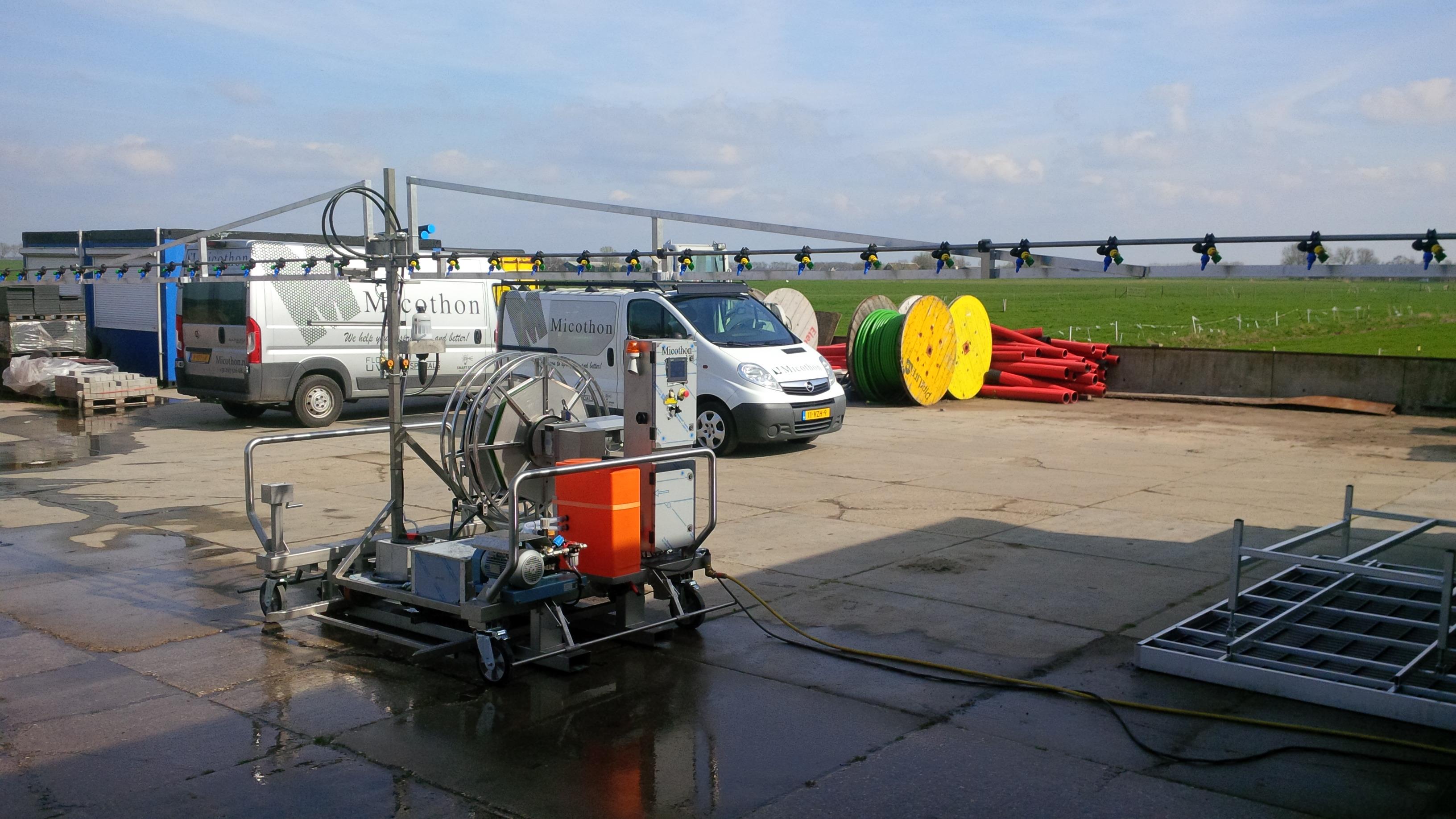 Micothon 12 m wide spraying robot