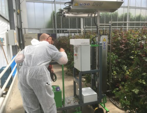 Micothon supplies a special FloraUVC robot for Wageningen UR research on mildew control.
